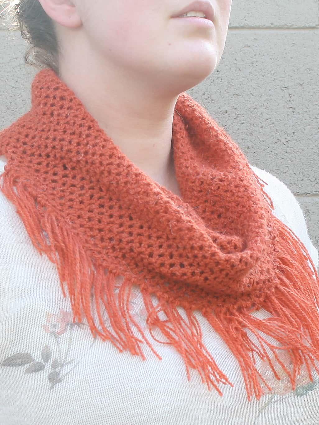 Spring Fine Mesh Cowl - Winding Road Crochet