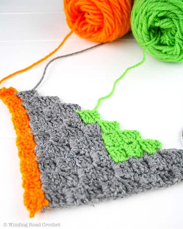 Crochet Banner | Corner to Corner Crochet | Free Crochet Pattern PDF | Halloween Decor | Home Decor |