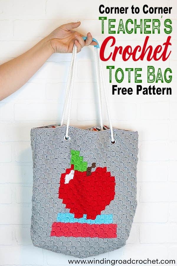 Crochet C2C Modern Tote Bag, perfect for a teacher's gift or hauling books. Free crochet pattern by WInding Road Crochet. #cornertocorner #crochetbag