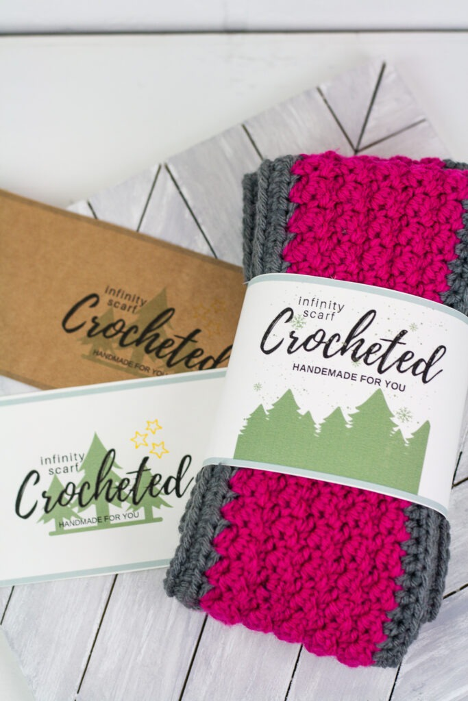 Learn to crochet a beautilful textured buttoned infinity scarf with this free crochet pattern. Learn how to get a printable label for the scarf as well. #crochetscarf #infinityscarf