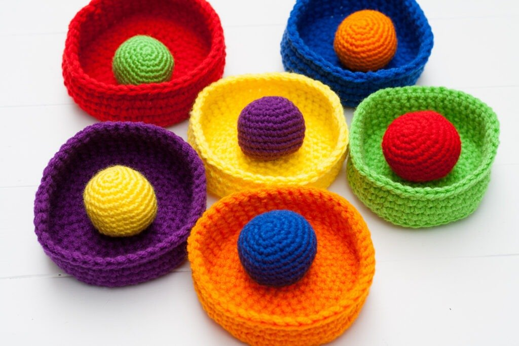 Make easy crochet toys for the kids to keep them happy and learning a little something while they have fun. Free easy crochet pattern.