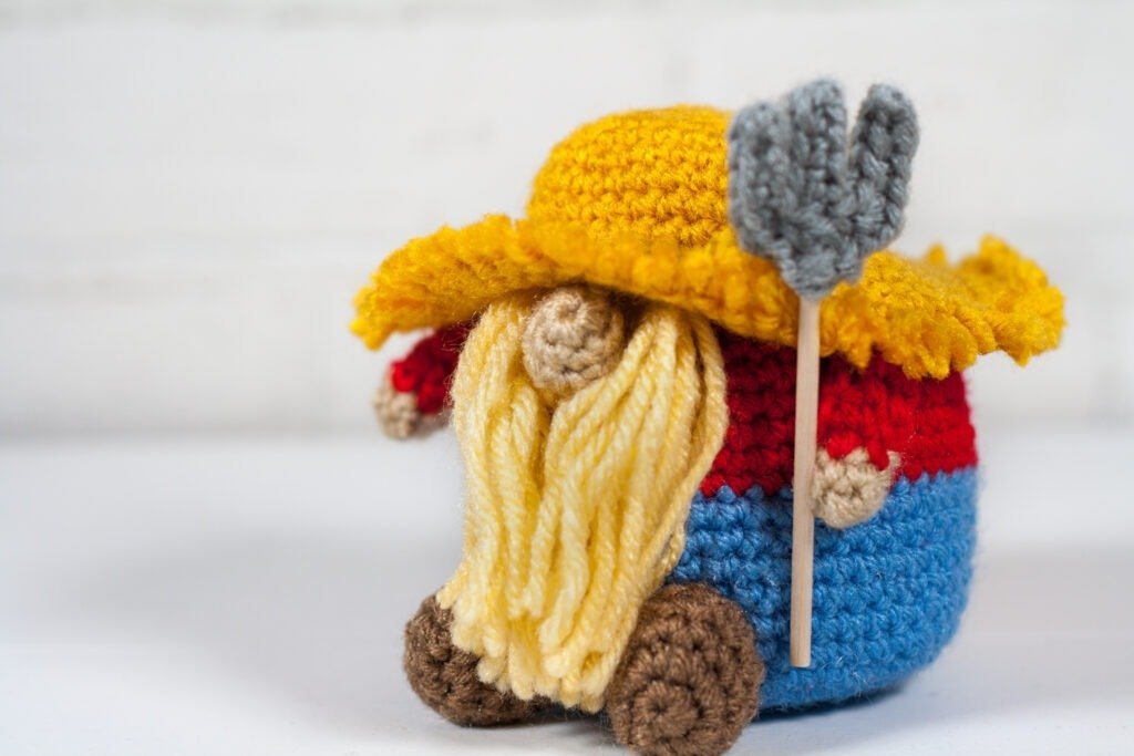 Crochet a farmer gnome with this free crochet pattern. This is one of many of my profession gnomes series. This gnome makes a perfect gift.