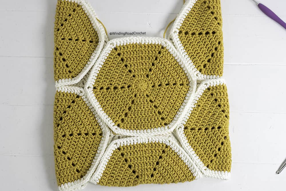 You will love this modern crochet hexagon tote bag. This free crochet pattern will walk you through the construction using lots of photos.