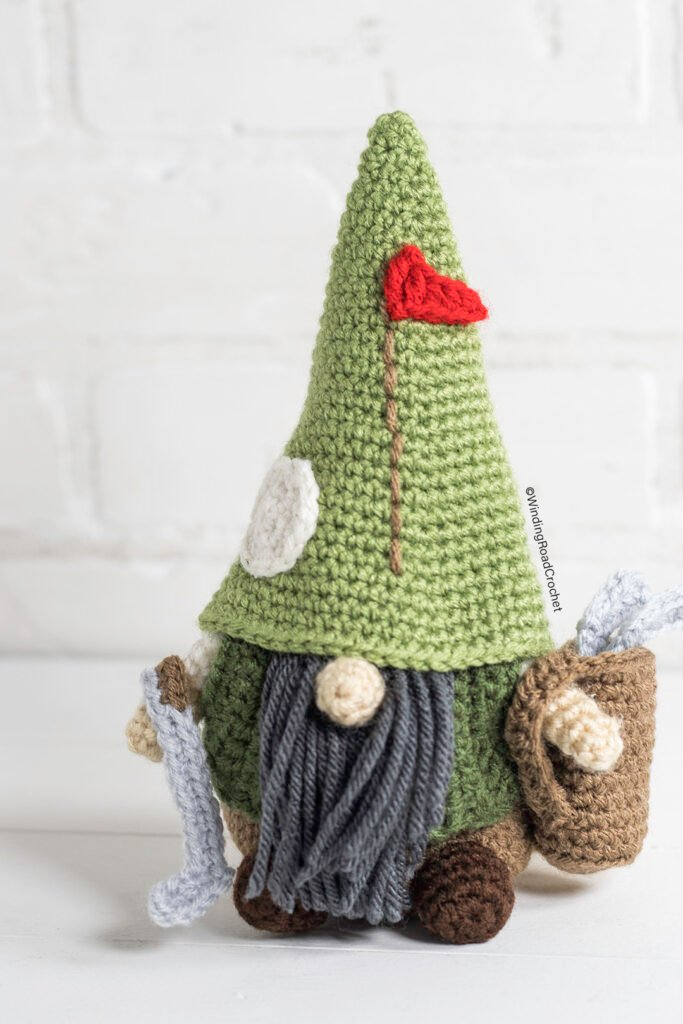 This crochet golfing gnome will be a great addition to your collection. Just follow the free crochet pattern and video tutorials to make it.